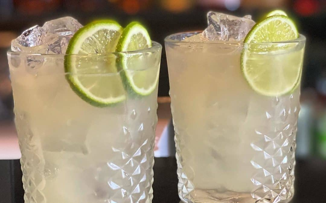 #Friday Night Cocktails 2-4-1 Tommy's Margaritas St LuJa